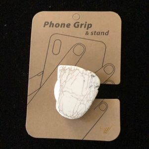 A Stone Phone grip and Stand